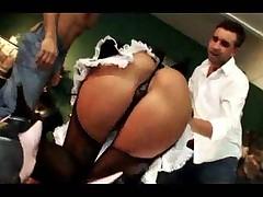 Gorjachuju porno zvezdu Sabrinu hardkorno zadolbili v tuguju popku