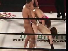 Японское секс-шоу на ринге