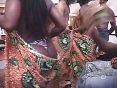 Seksual'nye chernye devki iz Afriki