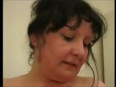 Жирная мамаша заполучила себе ёбаря